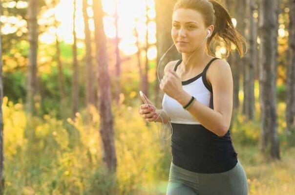 Zdrowy styl życia – jak go prowadzić? 10 podstawowych zasad